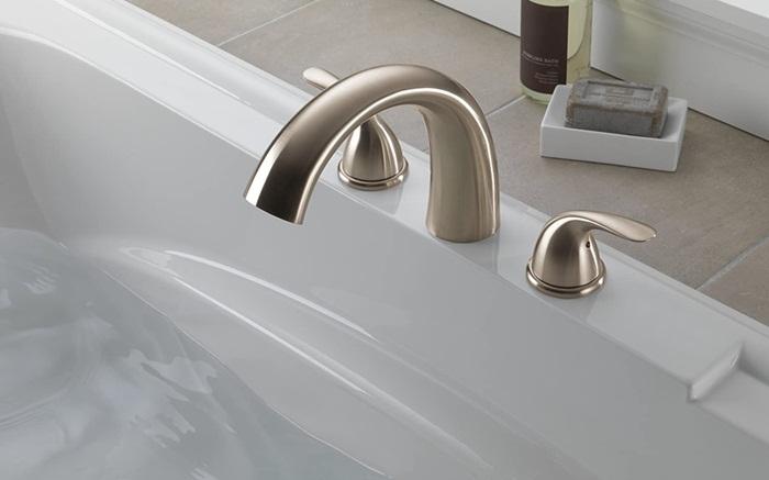 Deck Mount Bathtub Faucets